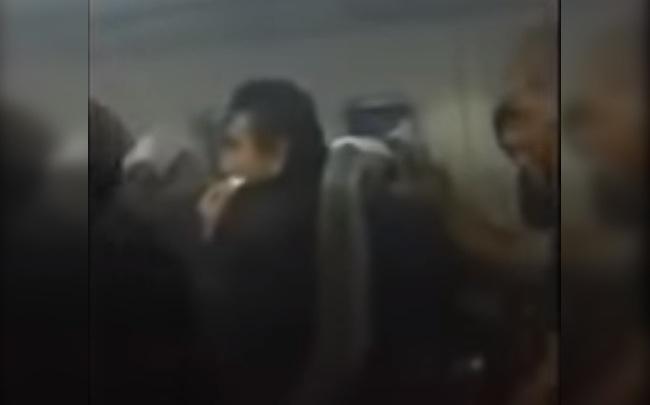 Перуанские болельщики, чей самолет задымился над Тюменью, подадут жалобу на «ЮТэйр»