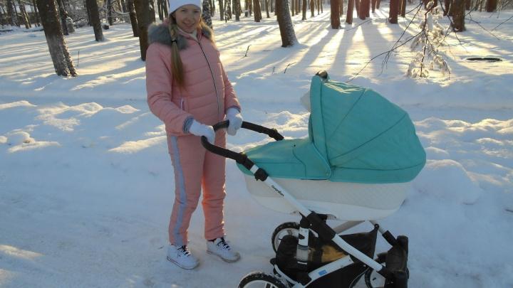 45 дней комы и негнущиеся ноги: девушка из Рыбинска выжила в автокатастрофе и стала мамой