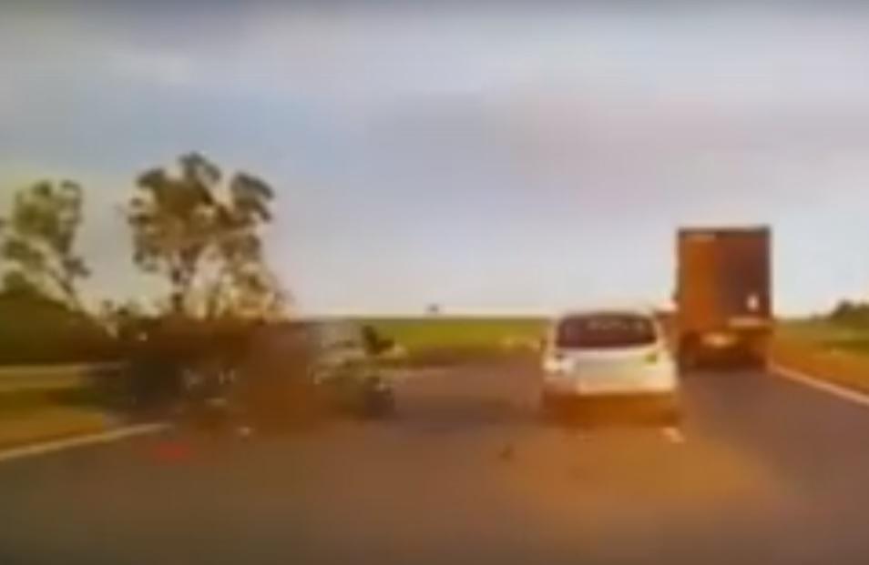 Страшная авария с мотоциклистом
