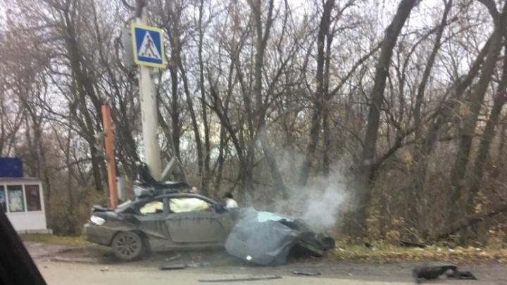 Смертельная авария в Стерлитамаке: BMW «обняла» бетонный столб