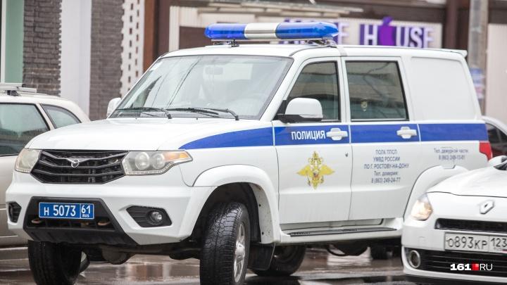 В Ростове пенсионерка отдала мошеннику 300 тысяч рублей, чтобы спасти сына от тюрьмы