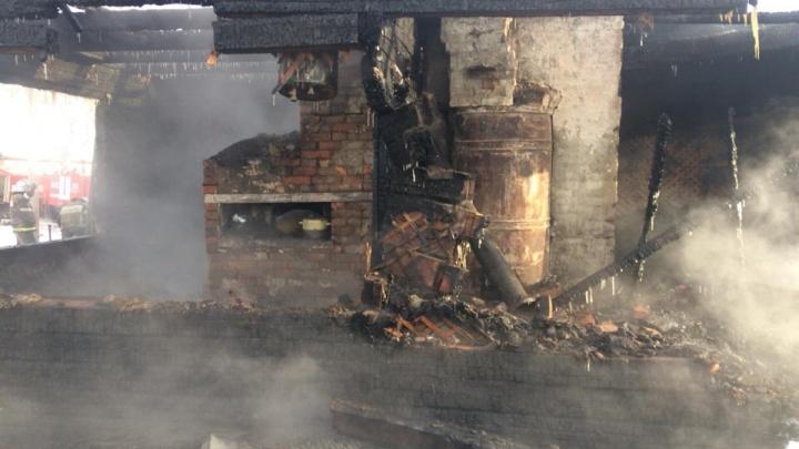 В Мишкинском районе во время пожара погибли два пенсионера
