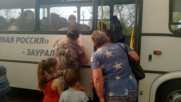 На Иковке началась эвакуация людей из-за природного пожара