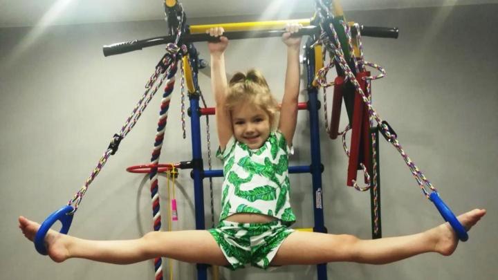 Пятилетняя девочка из Новосибирска поставила рекорд по приседаниям