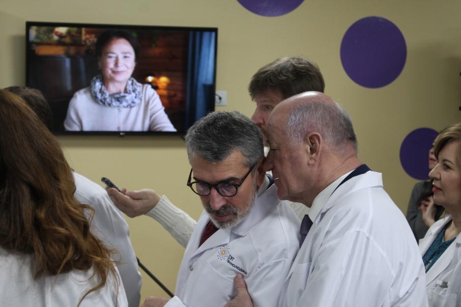 Владимир Аветисян (слева) вместе с председателем губдумы Виктором Сазоновым<br>