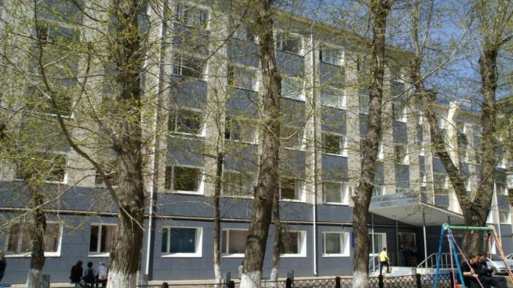 Рособрнадзор запретил подготовку экономистов и управленцев в челябинском вузе