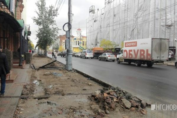 Крупный подрядчик дорожно-ремонтных работ просит разрешить доделать дороги в декабре.