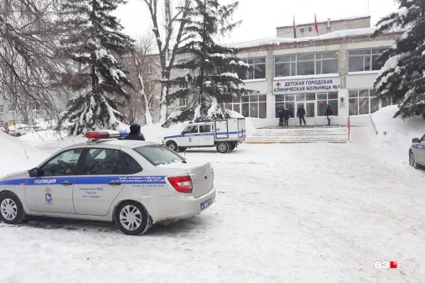 В Самаре одной из больниц, где искали бомбу, стала детская городская клиническая больница № 1 имени Ивановой