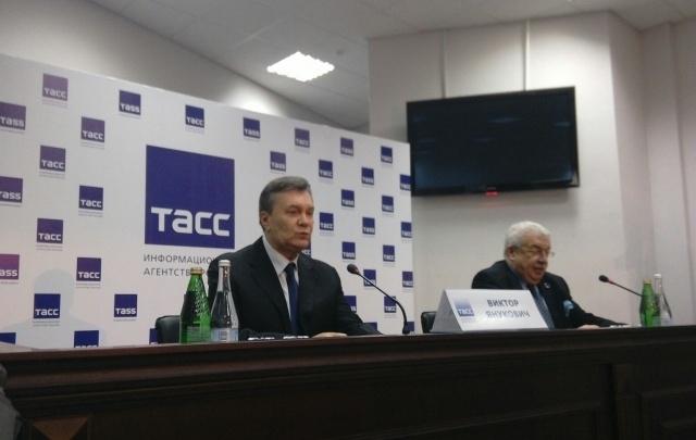 Янукович потребовал встречи с назначенным Киевом адвокатом в Ростове
