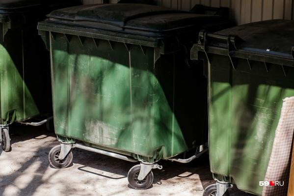 Если закон примут в третьем чтении, платить за мусор не будут более 12 тысяч семей