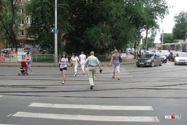 Восстанавливать дорожное покрытие около трамвайных путей пожелала всего одна организация