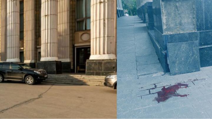 «Он лежал, свернувшись калачиком»: что рассказали о трагедии на площади Кирова очевидцы