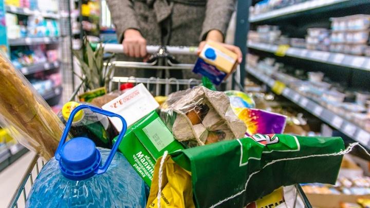 «Подкупали» алкоголем и продуктами: банда риелторов переоформляла на себя квартиры одиноких самарцев