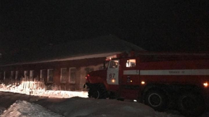 Были в комнате с решетками на окнах. При пожаре в Прикамье погибли два человека