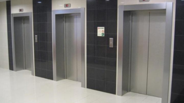 36 домов в Кургане получат новые лифты в этом году