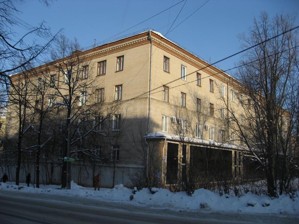 Соседи обнаружили тело Алексея Расторгуева около дома утром 5 ноября