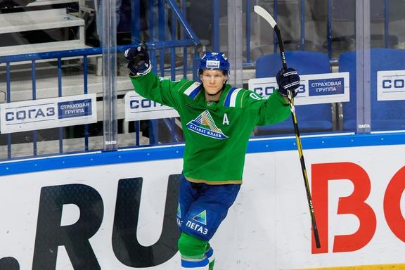 Никита Сошников перешел в СЮ из «Сент-Луис Блюз» (НХЛ)