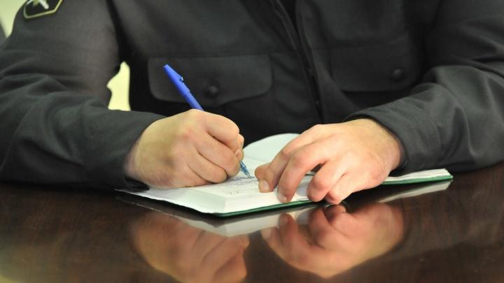 Весь декабрь уральские судебные приставы будут ходить в гости к должникам