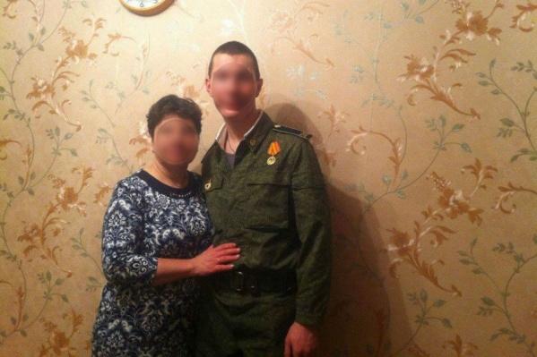 Мать с отцом гордились бравым сыном