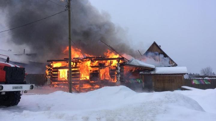 Под Невьянском сгорела гончарная мастерская, куда привозили туристов со всей области