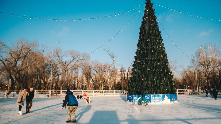 В Комсомольском сквере и Затюменском парке зальют катки