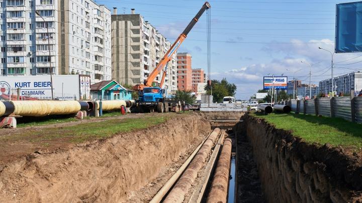Тепло — точно по графику: ремонтные работы по строительству и замене трубопроводов завершены на 80%