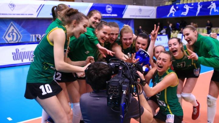 Волейболистки «Уралочки» одолели московское «Динамо» в первом полуфинальном матче чемпионата России