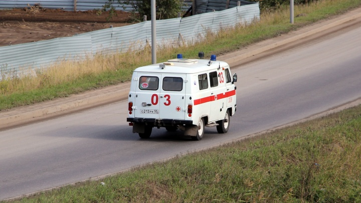 10-летняя ученица москаленской гимназии получила травму позвоночника на перемене