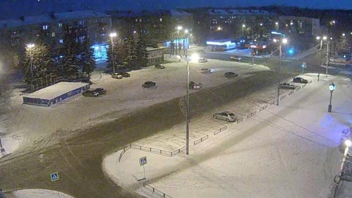 «Снова болид?»: очередная яркая вспышка озарила ночное небо над Южным Уралом