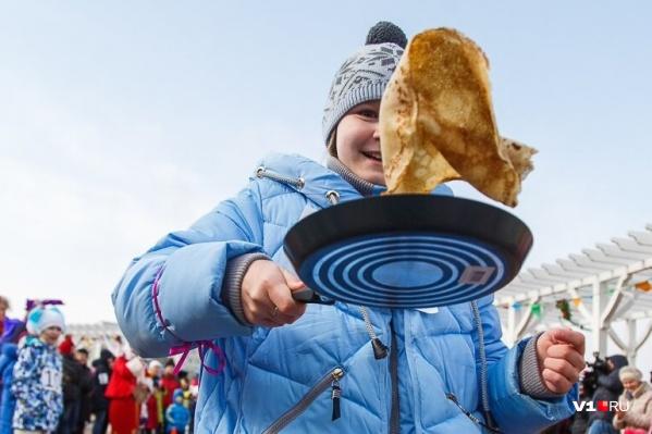 Волгоградцев приглашают проводить зиму и наесться блинов на площадке перед музеем «Россия — моя история»