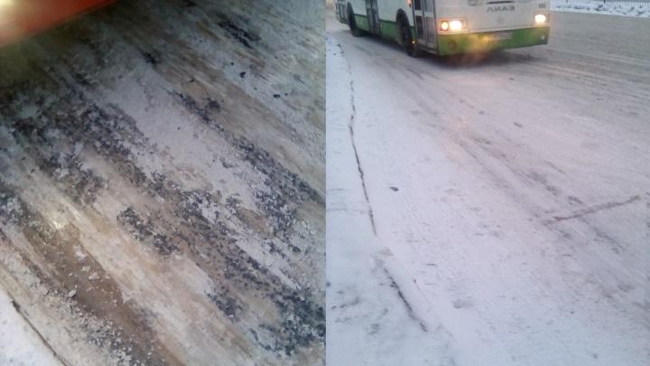 «Не успеваем остановить автобус»: в Ярославле случился бум ДТП на остановках. Водители винят дороги
