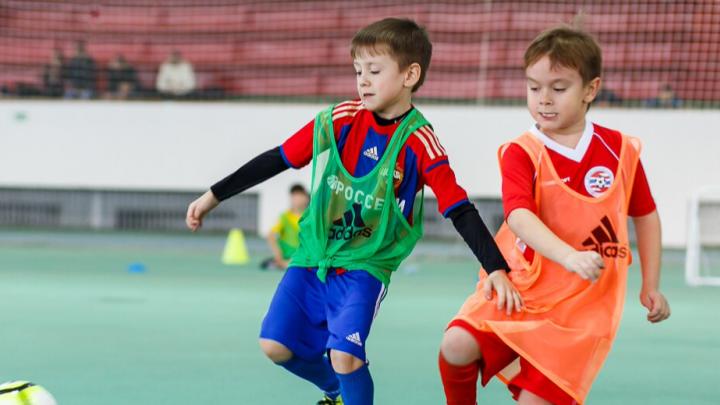 Селфи с кубком и путевка на тренировку «Зенита»: в Волгограде начался «Большой фестиваль футбола»