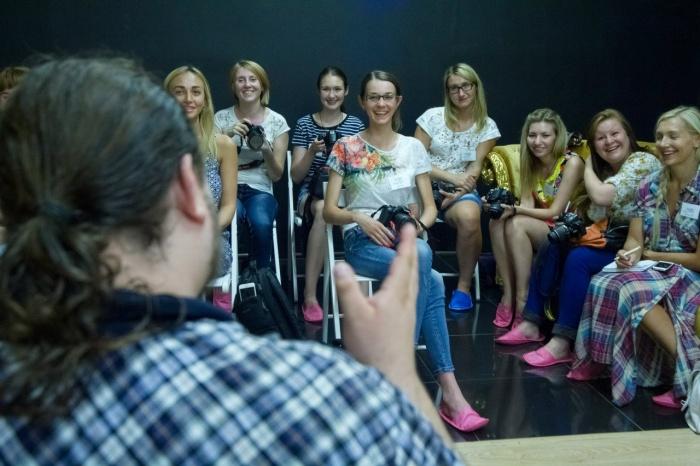 Обладателей любых фотоаппаратов научат делать красивые снимки на бесплатном мастер-классе