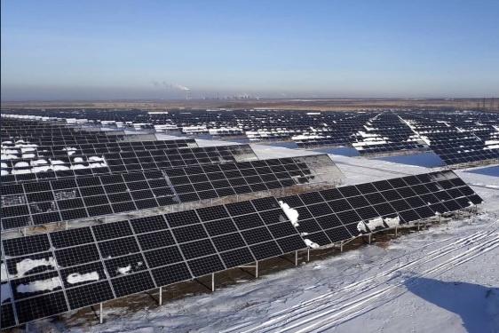 СЭС преобразует солнечную радиацию в электроэнергию
