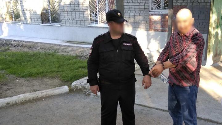В Тюмени присяжные вынесли приговор мужчине, который застрелил своего приятеля и прятался 15 лет