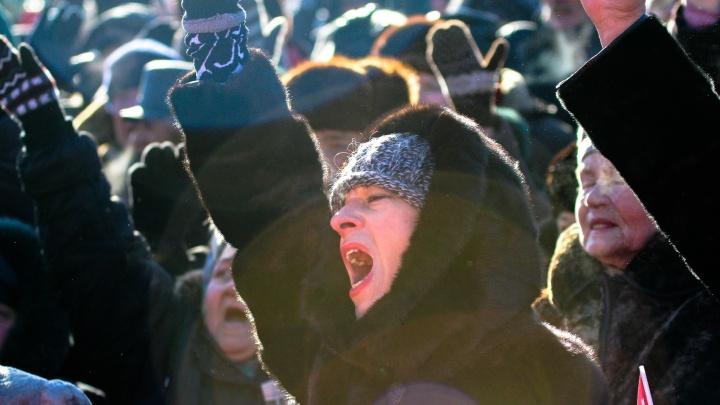 Самарским коммунистам разрешили выйти на митинг против мусорной реформы