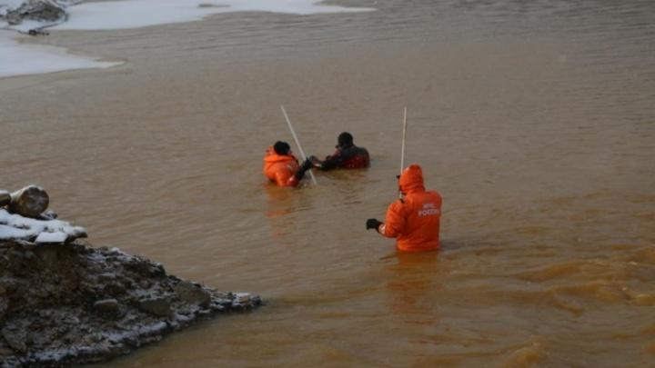 Ради поисков пропавших спасатели собрались осушить заводи на Сейбе и Сисиме
