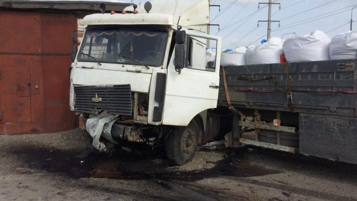 Смертельное совпадение: у Каскары фура протаранила двух водителей, которые вышли на дорогу после ДТП