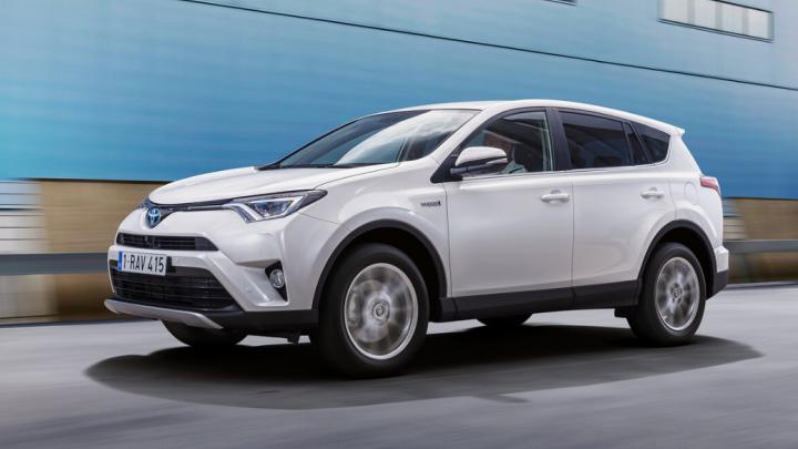 «Тойота» объявила о прекращении выпуска RAV4 текущего поколения