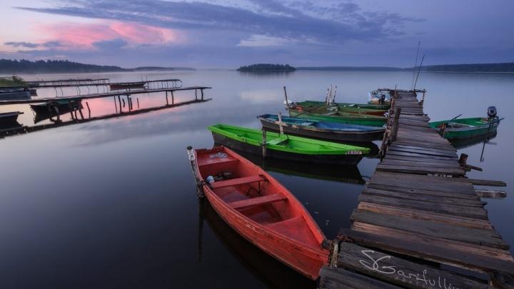 Я люблю тебя, лодочник! Фотограф три года снимал лодки на всех озерах Урала