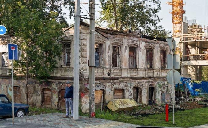 Сейчас усадьба Звонарёва —руины