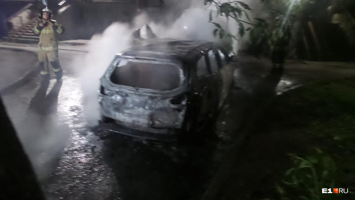 Ford выгорел дотла
