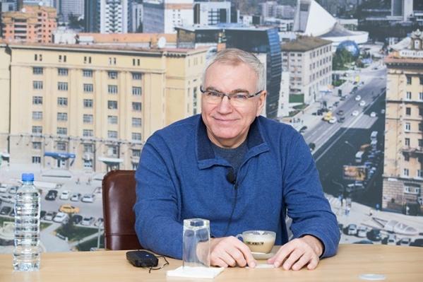 Драматический театр был создан 20 марта 1988 года. С самого начала и по сегодняшний день его возглавлял Сергей Афанасьев<br>