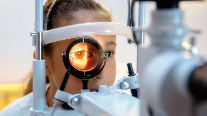 Как стабилизировать зрение и избавиться от очков