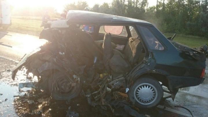 Стали известны подробности страшного ДТП на трассе М-5, в котором погиб водитель ВАЗа
