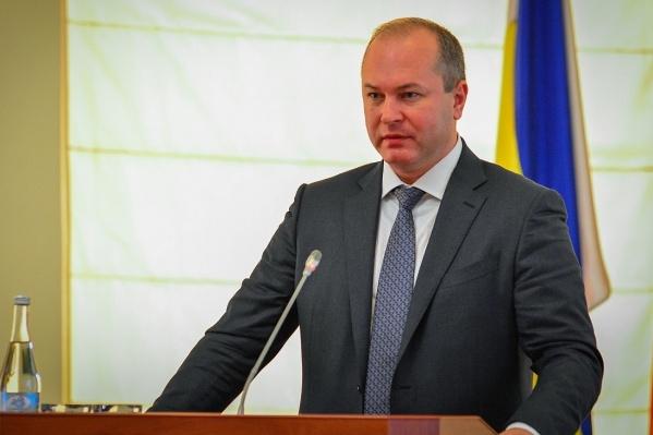 Виталий Кушнарев уволит начальника департамента ЖКХ только после решения суда