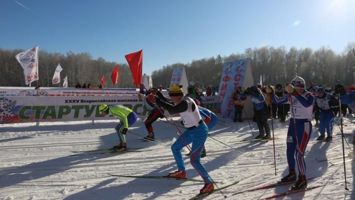 Власти организовали бесплатные электрички на массовую гонку лыжников