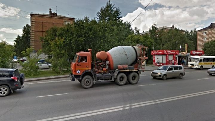 Жители пятиэтажки на Червишевском тракте два месяца ждут горячую воду. Выясняем, почему так вышло