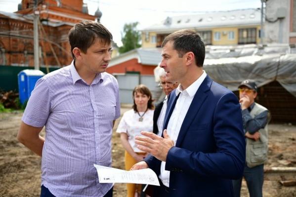 Мэр Владимир Волков обсудил с представителем подрядчика вопросы, связанные со скандальной стройкой