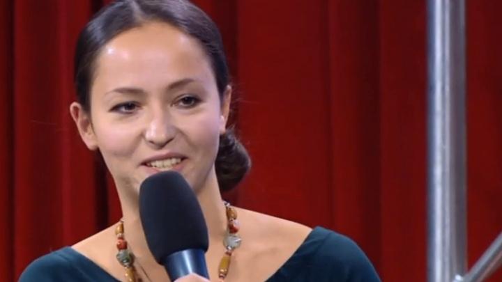 Вирусолог из НГУ победила в телешоу и получила тарелочку от Чубайса